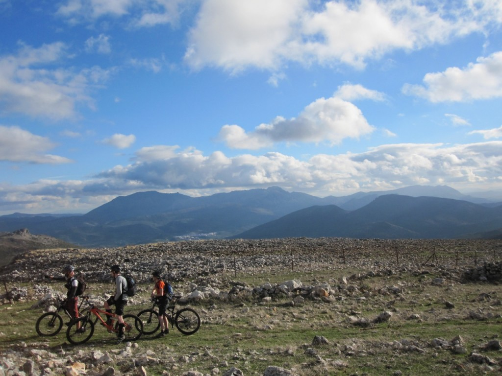 Joyriders-Spain-Riding15